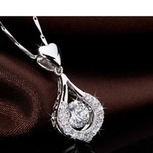 Jewelry - 💕Beautiful Lovers Heart  ❤️ Necklace 💕
